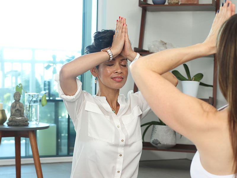 lezione di yoga e respirazione